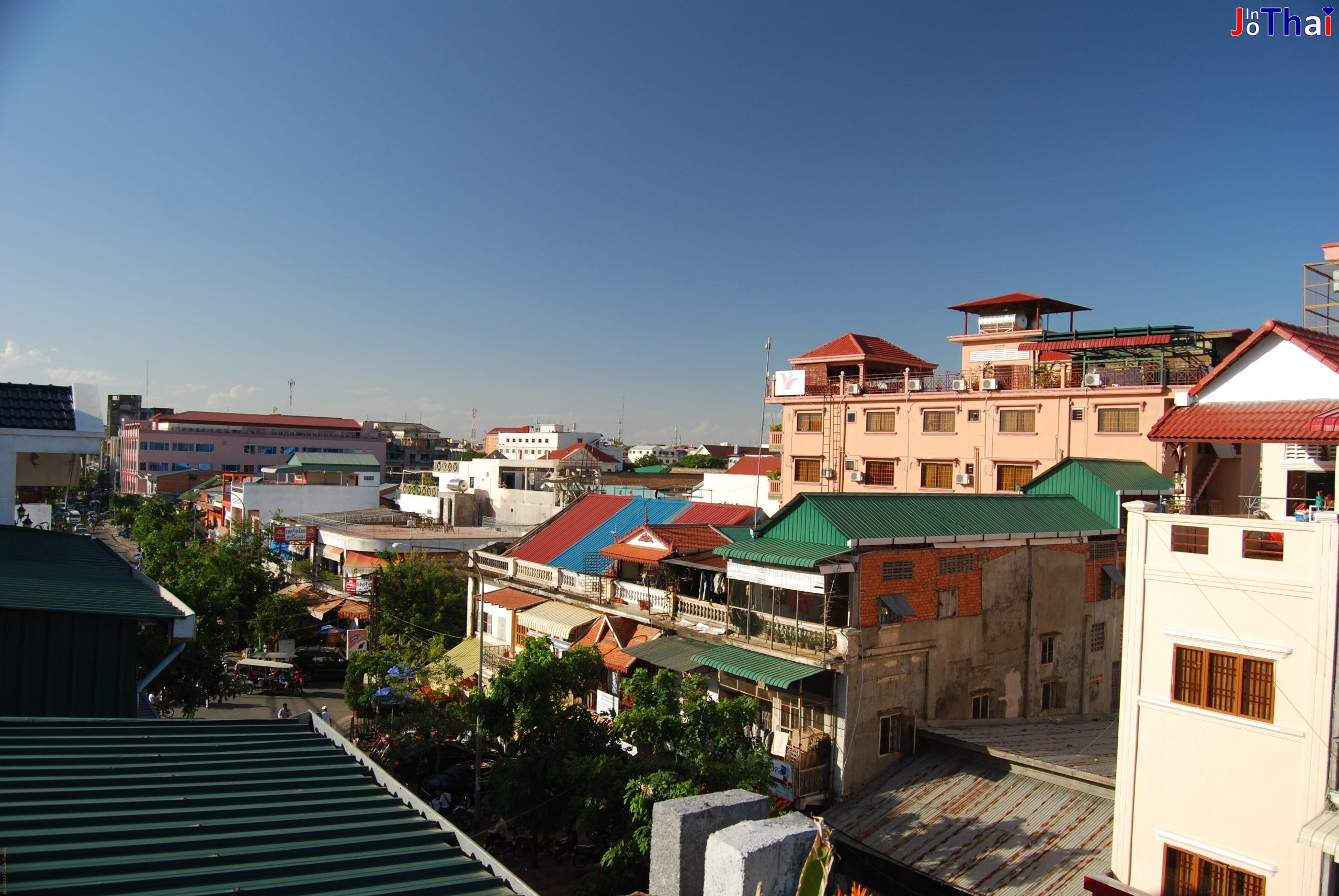 Aussicht von meiner Dachterasse nach links - Walkabout Hotel - Phnom Penh - - Kambodscha -