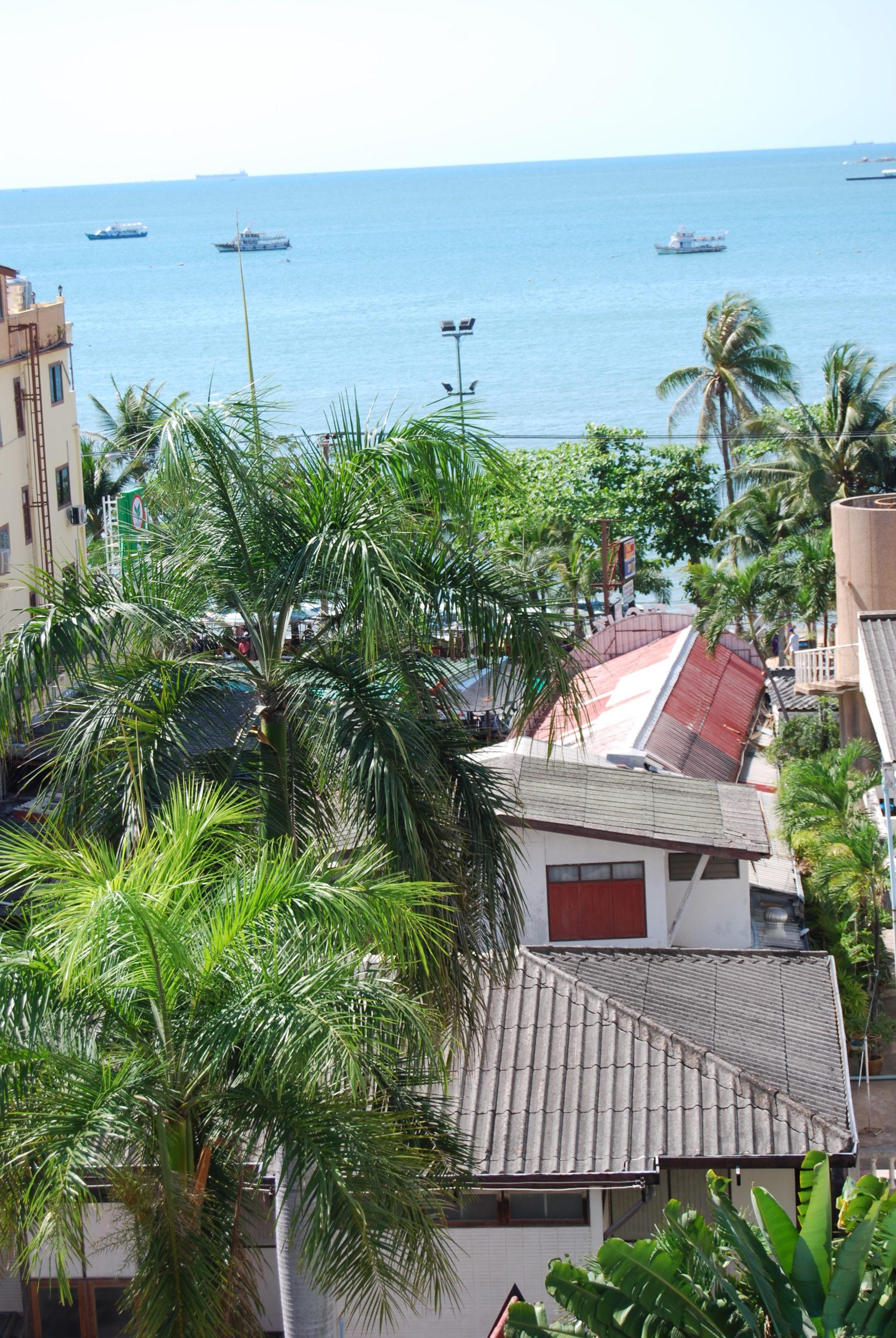 Pattaya Beach von meinem Hotelzimmer aus im Sandy Spring Hotel